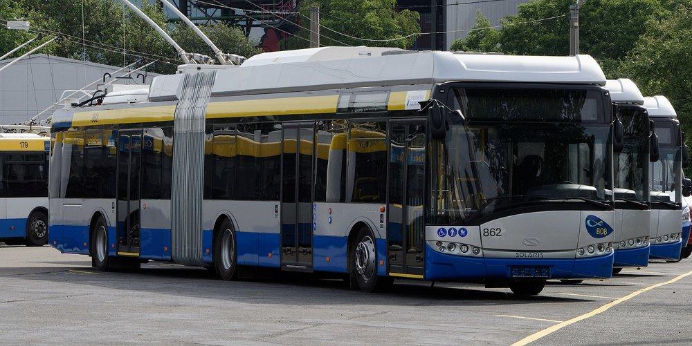 Letos došly do Solingenu čtyři parciální trolejbusy Solaris Trollino 18. (foto: Michael Kramer/Wikipedia.org)