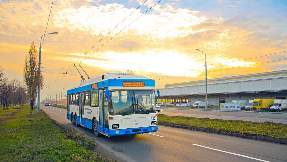 Trolejbus na nové trolejbusové trati dne 15. 12. 2018. (foto: TRalex)