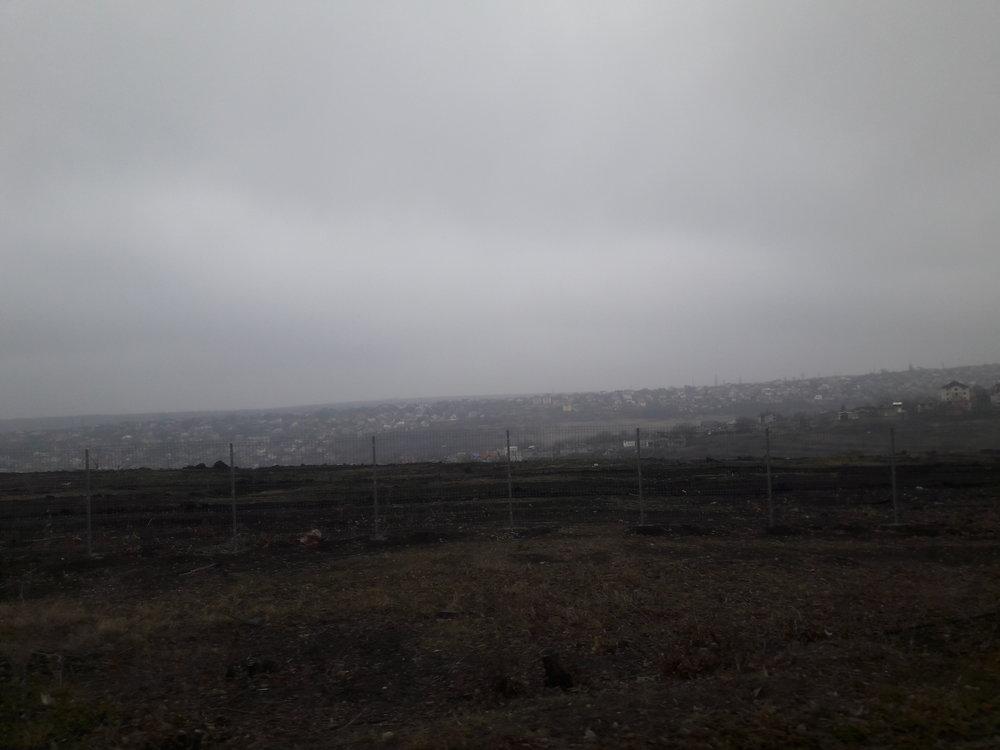 Pohled na západ z trolejbusu.