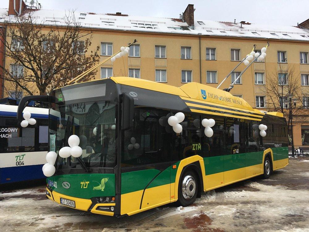 Trolejbus ev. č. 40 během představení v centru města v sobotu 12. 1. 2018. (foto: Jiří Brňák)