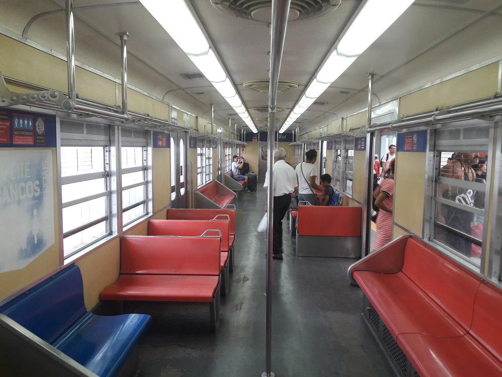 Interiér japonské soupravy.