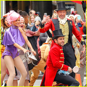 hugh-jackman-zac-efron-and-zendaya-bring-greatest-showman-to-streets-of-nyc.jpg