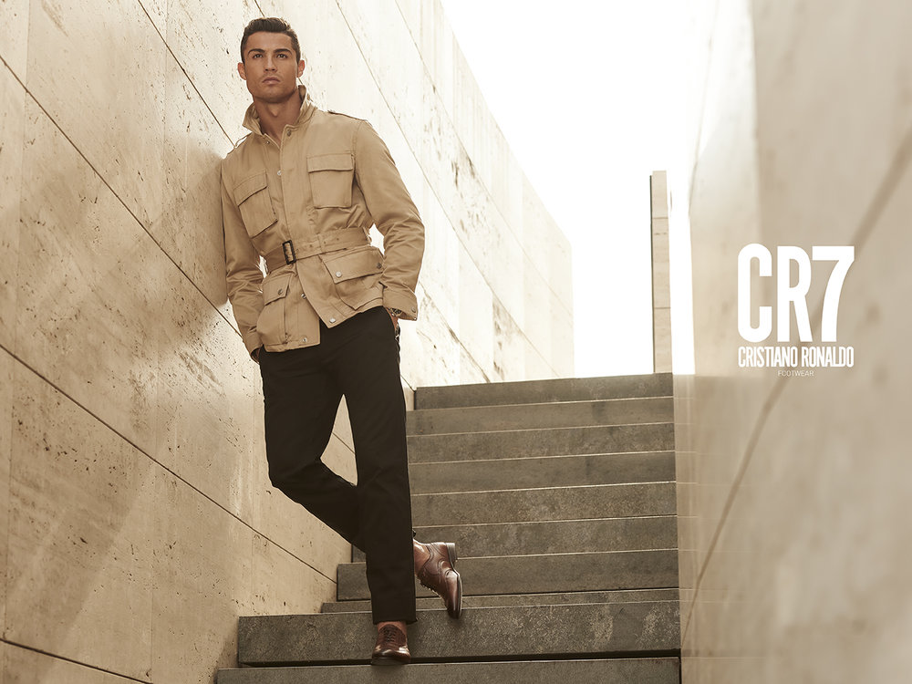 CR7_2015_0411-Editar with logo.jpg