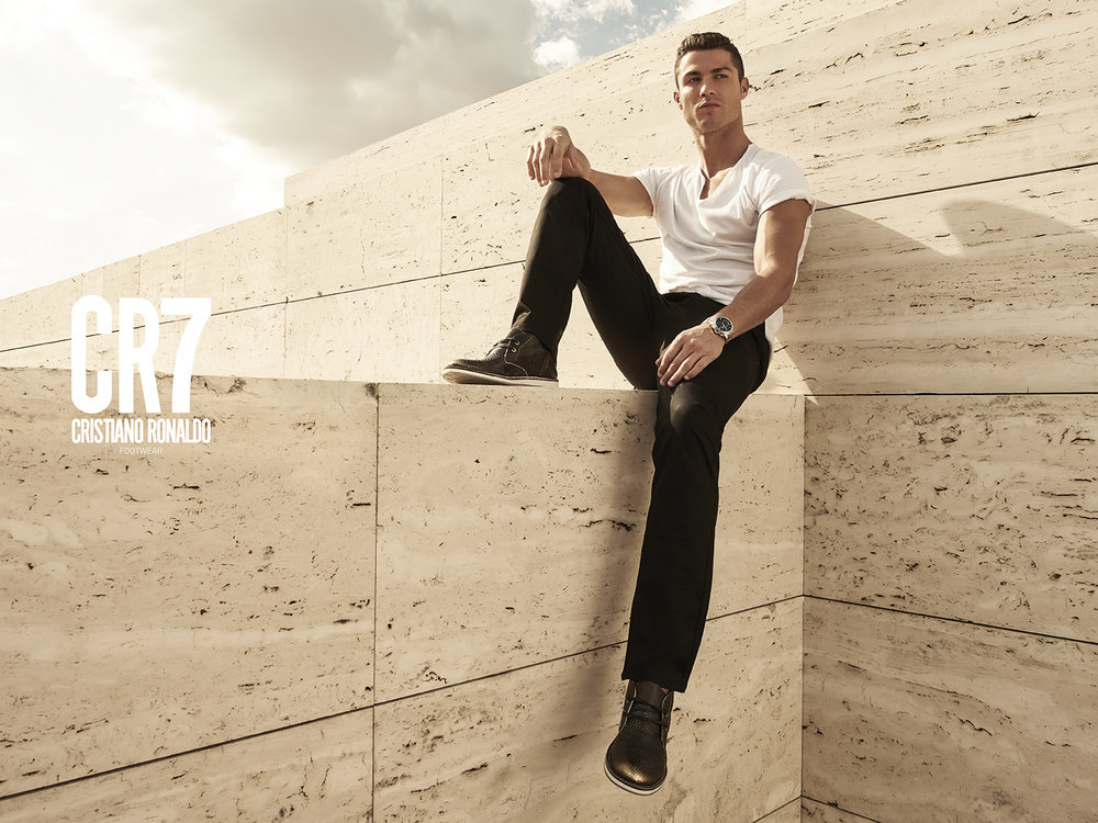 CR7_2015_0308-Editar with logo.jpg