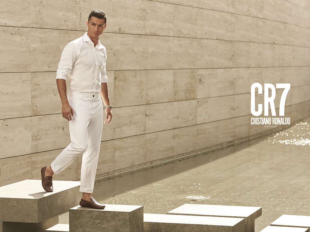 CR7_2015_0468-Editar with logo.jpg