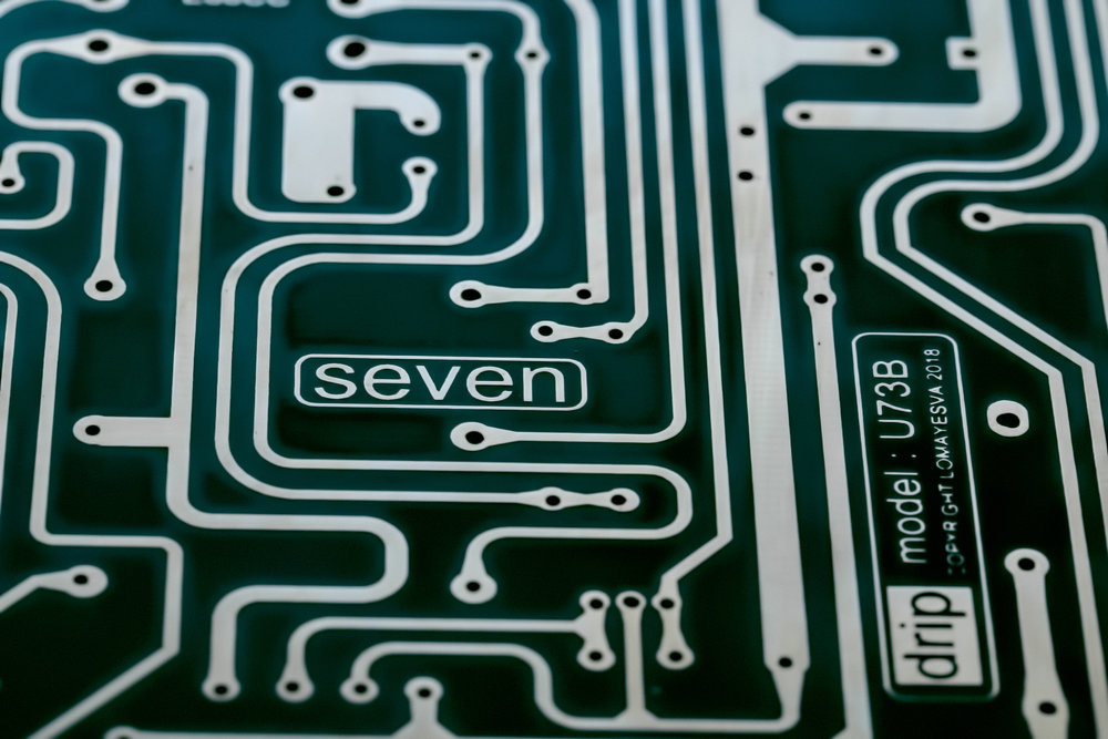 seven-sm.jpg