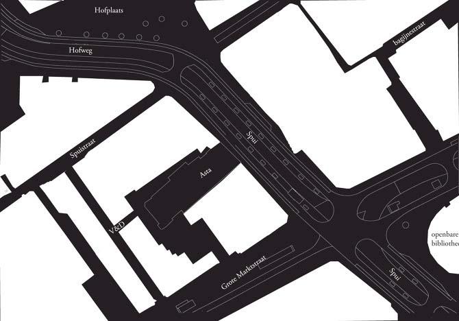 Kaart van Nolli, het principe van de stadskaart is in het zwart worden de straten en openbare pleinen getoond. Het Asta theater wordt in dit concept benaderd als openbaar plein