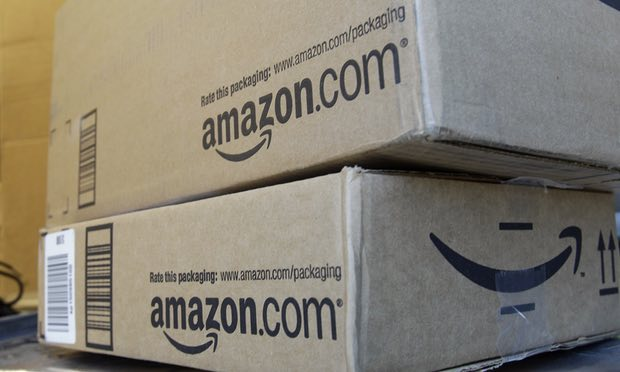 Amazon offers free trials of its Amazon Prime Membership service