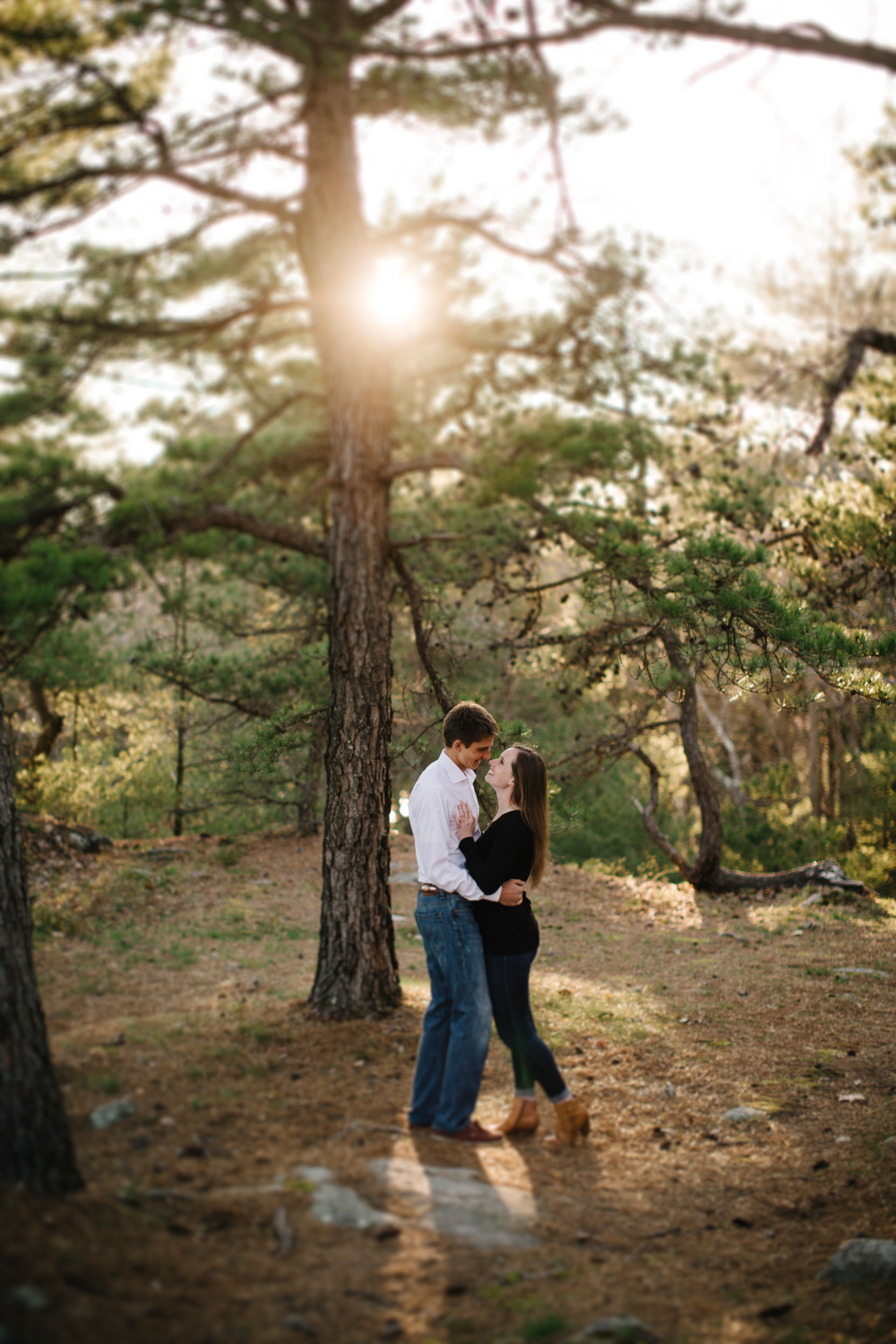 2016_Peach_Zach_Engagement4905-Edit.jpg