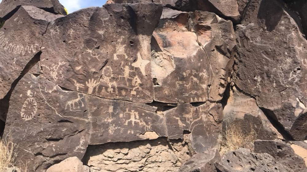 Petroglyph etchings