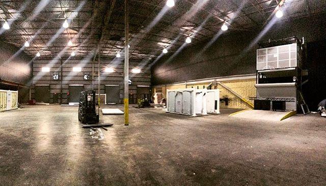 Warehouse Life 👾#ravenpmg #nola #production #design #event #show #nightlife #neworleans #photooftheday #warehouse #space #management #planner #architecture #art #fabrication
