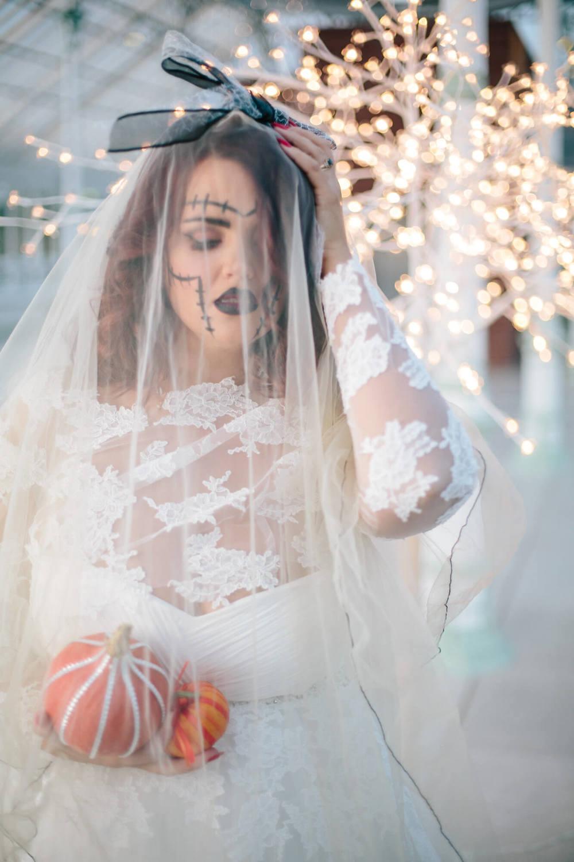 ISLA GLADSTONE WEDDING PHOTOGRAPHER STEPHEN MCGOWAN HALLOWEEN BLOG 007