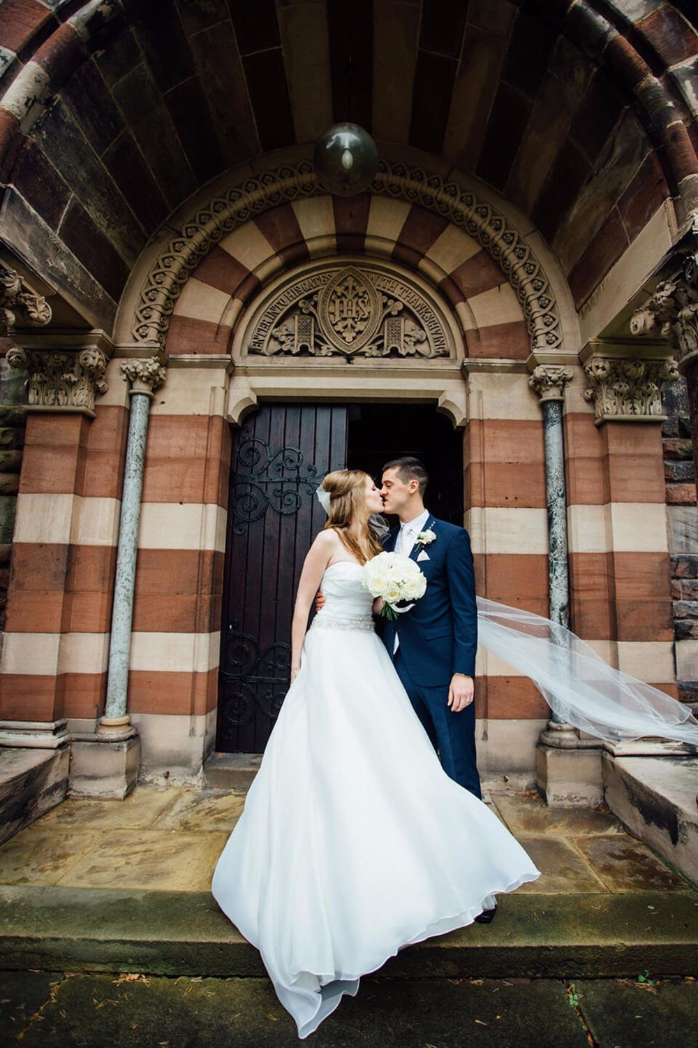 ELLESMERE PORT WEDDING PHOTOGRAPHER STEPHEN MCGOWAN 208.jpg