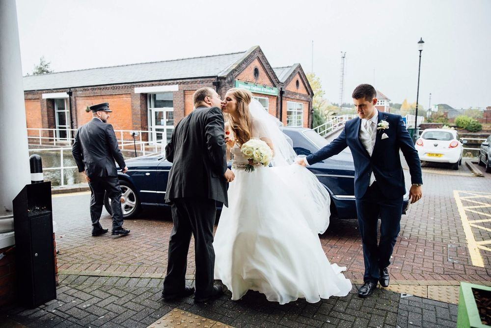 ELLESMERE PORT WEDDING PHOTOGRAPHER STEPHEN MCGOWAN 241.jpg
