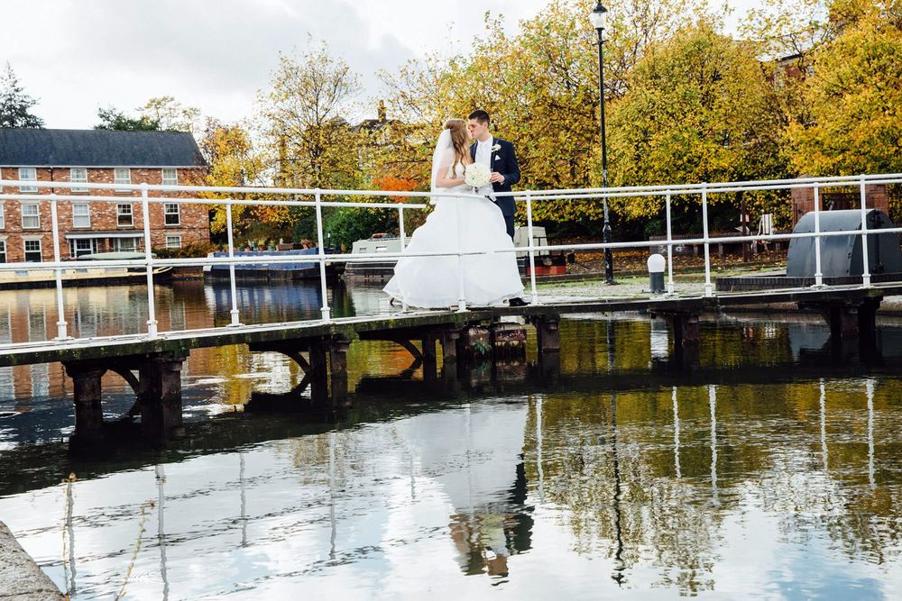 ELLESMERE PORT WEDDING PHOTOGRAPHER STEPHEN MCGOWAN 279.jpg