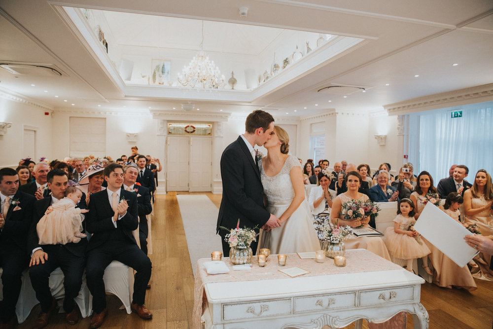 ashfield-house-wedding-photography-first-kiss