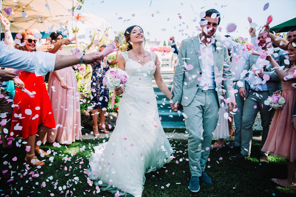 confetti throwing for newly married couple in portugal