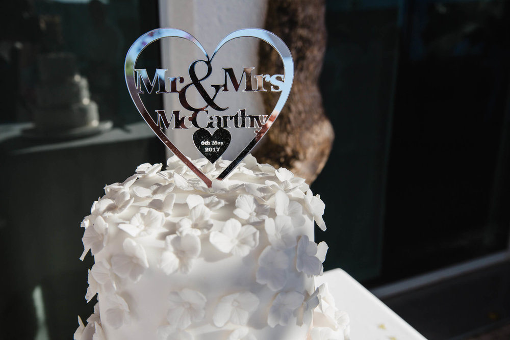 close up detail photograph of the wedding cake