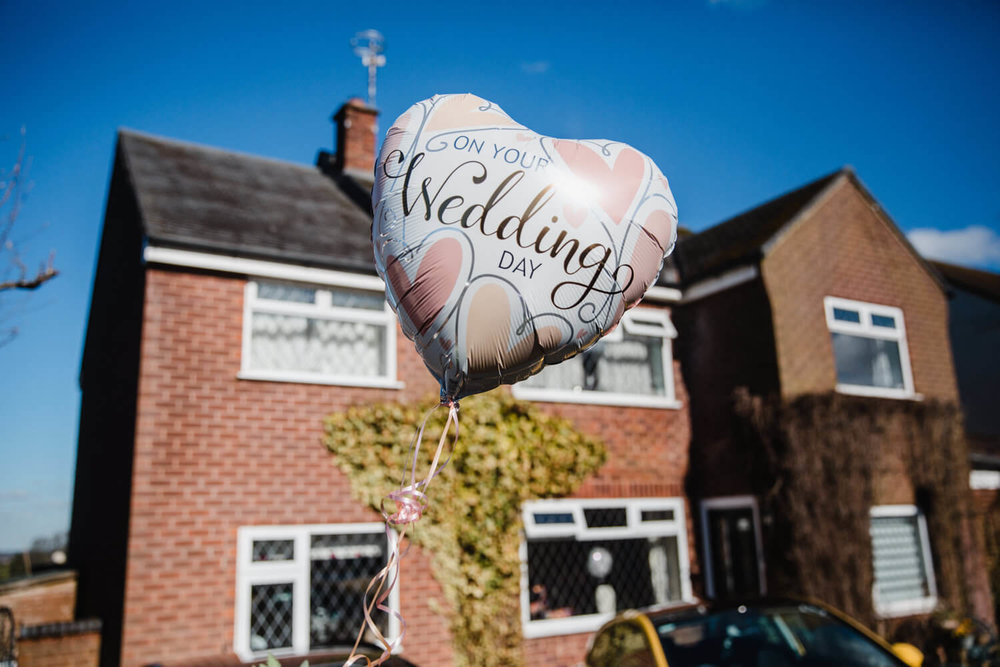 wedding ballon outside brides house