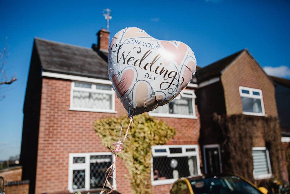 wedding ballon outside brides house