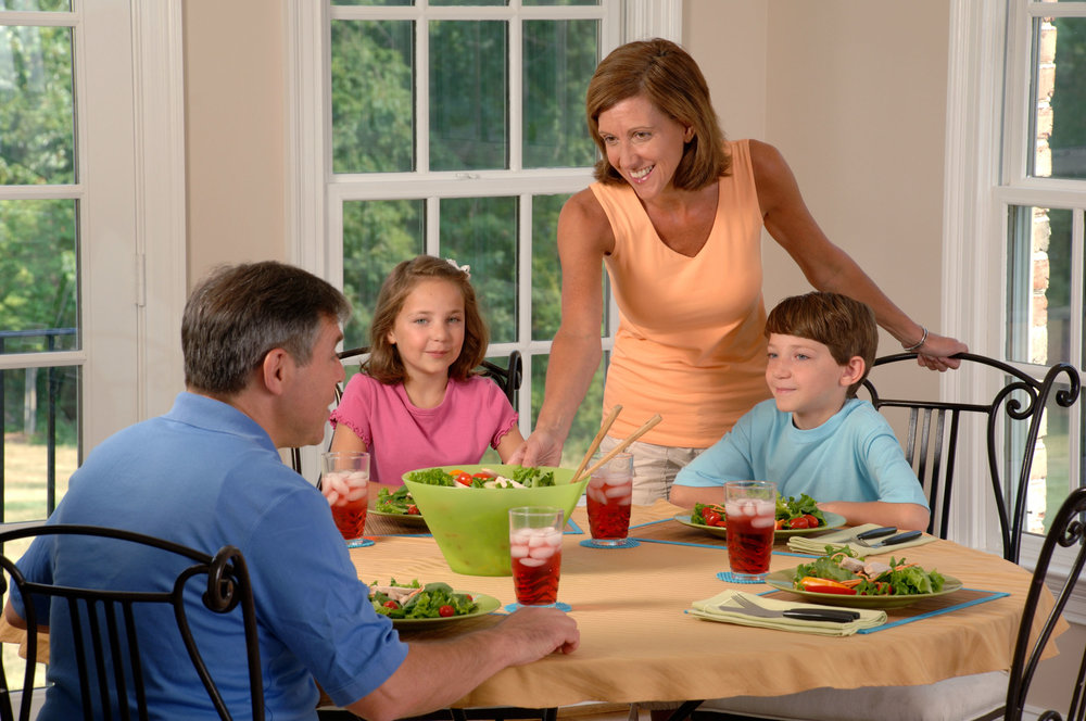 Cardio Wellness Group Healthy Family Eating