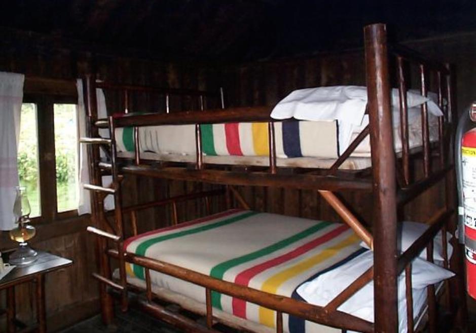 mt leconte bunk beds.png
