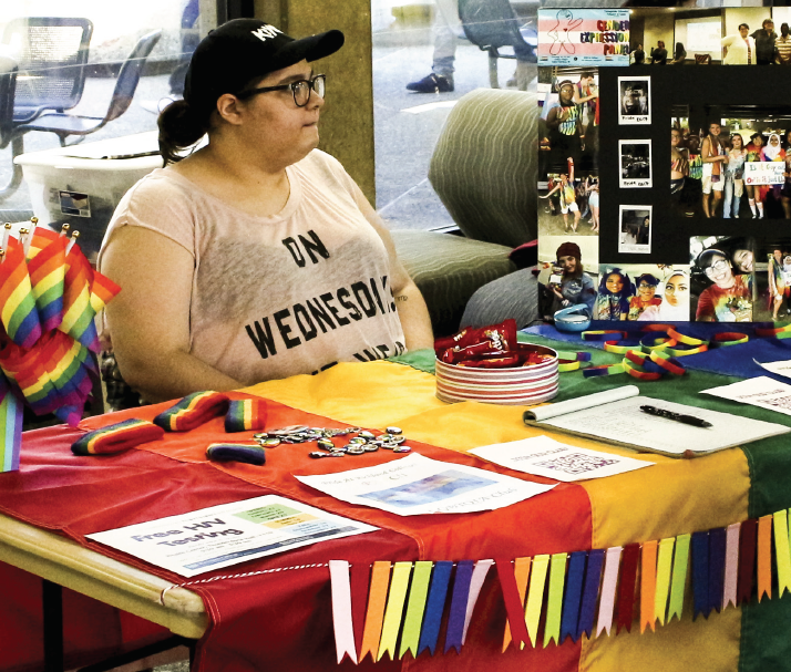 Hannah Rahman tells students about Pride at Richland College club at the 2018 Club Fair.