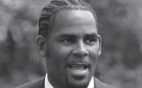 R. Kelly arriving at the Cook County Criminal Court Building in Chicago in 2008. He was charged Feb. 22 with aggravated sexual abuse involving four victims.