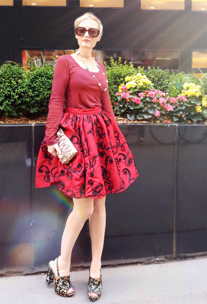 Style-Blogger-Wears-Red.jph