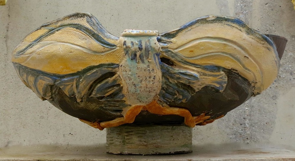 Bird bowl, side view