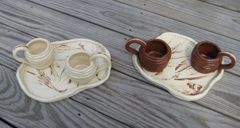 Coiled mugs w trays