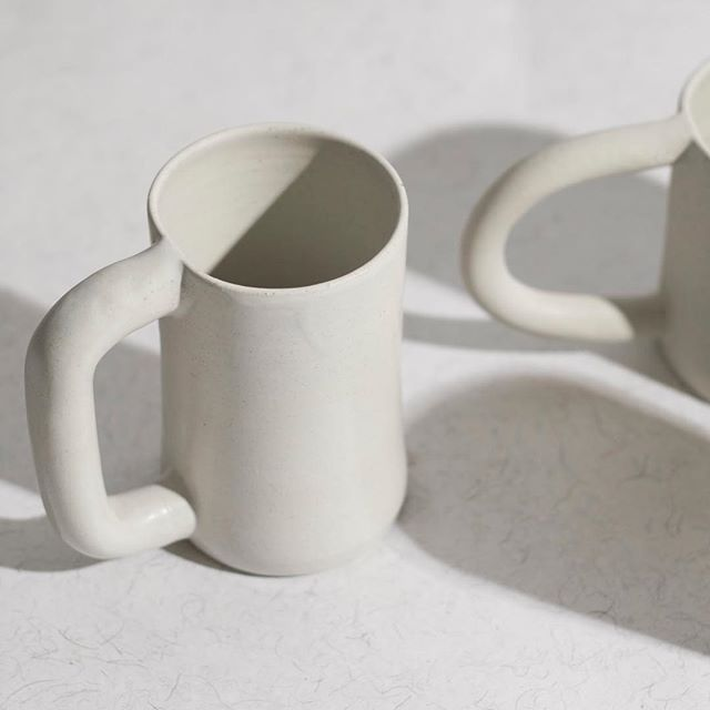 Don't know about you, but we are awake just looking at these mugs ⚪️◽️ #ceramic #mug #madeinnyc #workadayhandmade