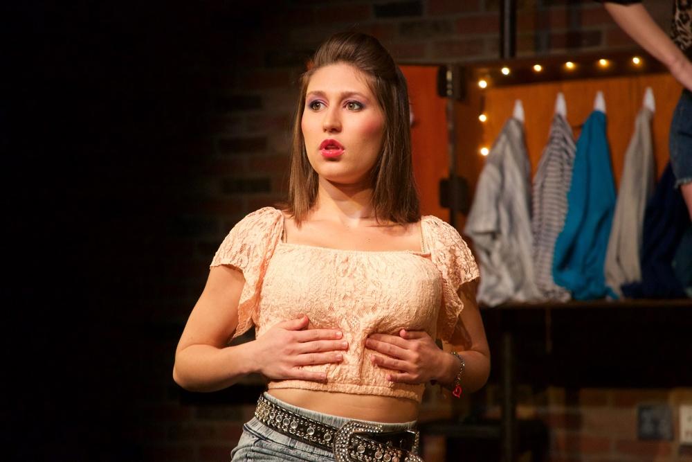 Carolee ( Alyssa Miller ).