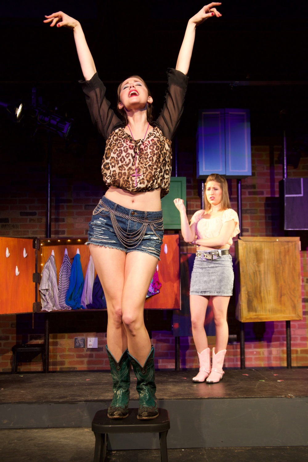 Starr ( Lucie Ledbetter ) [ foreground ]; Carolee ( Alyssa Miller ) [ background ].