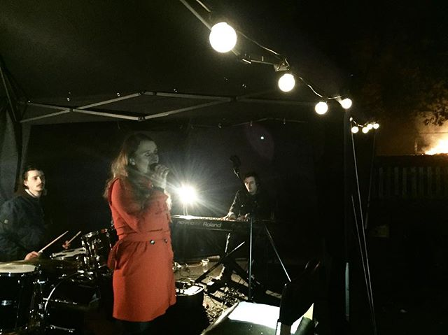 Sweet people jazzing it up at Bonfire Night 🔥