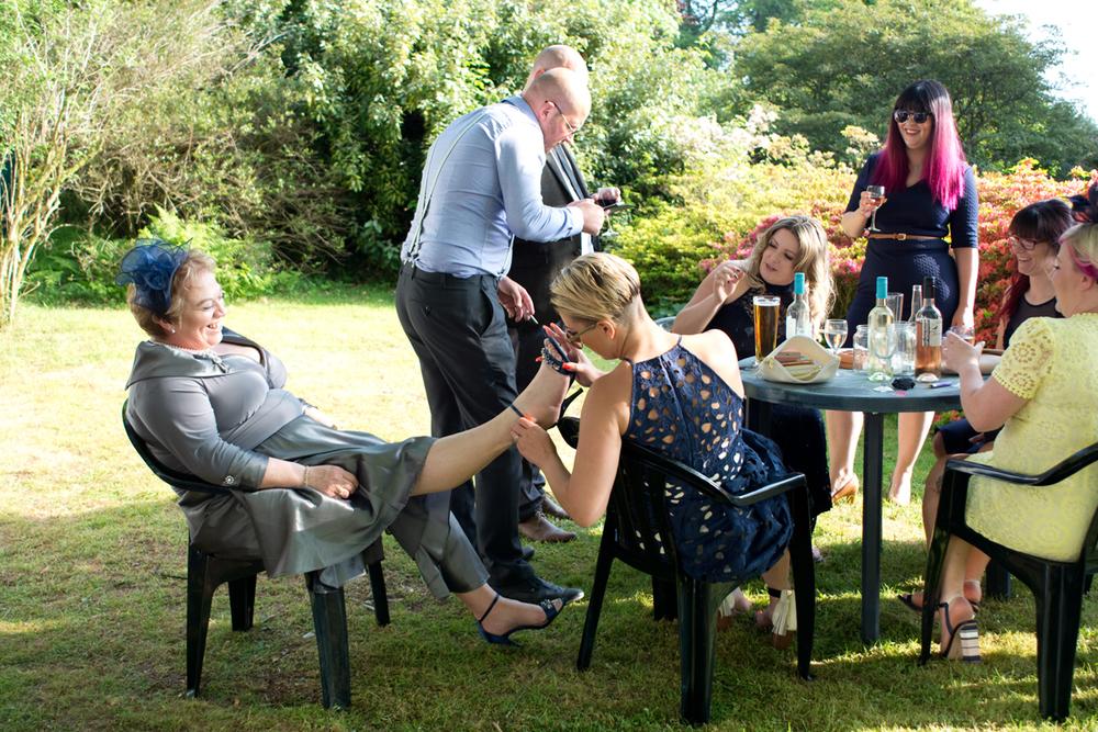zoe and chris lukesland gardens ivybridge wedding  033.jpg