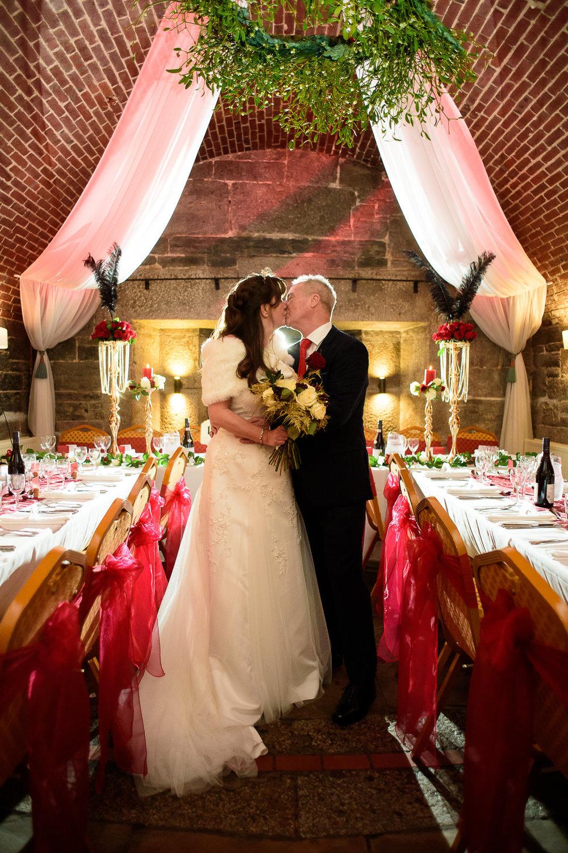 Polhawn Fort Wedding 047.jpg