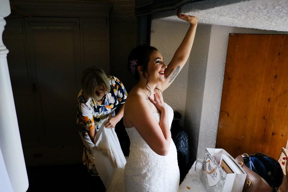 Polhawn Fort Wedding Photography 016.jpg