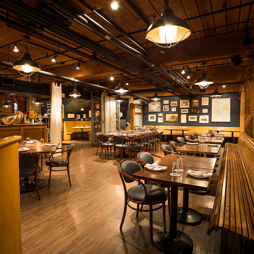 Interior design, setting, ambiance, environment and atmosphere at the restaurant Rodney's Oyster House in Toronto