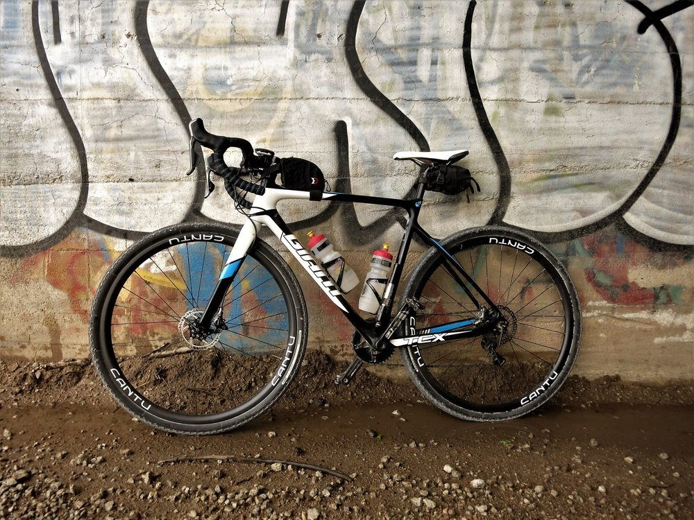 Craig's gravel rig with cantu rebel wheels
