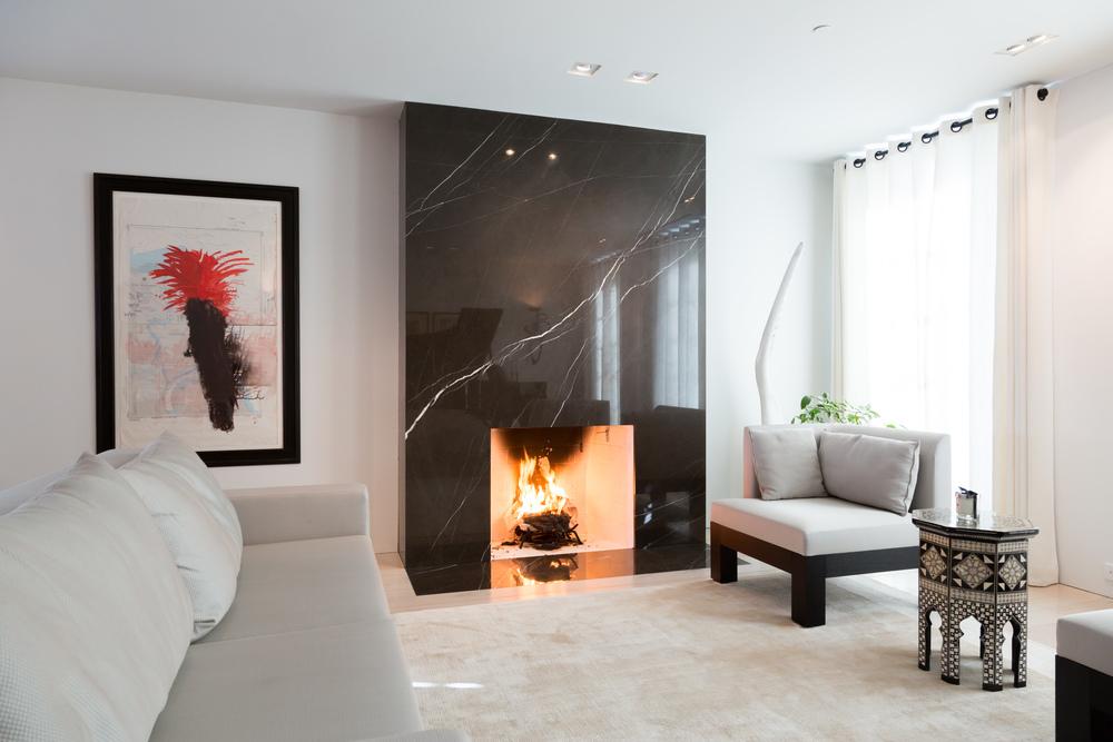 15 Living Room 3.jpg