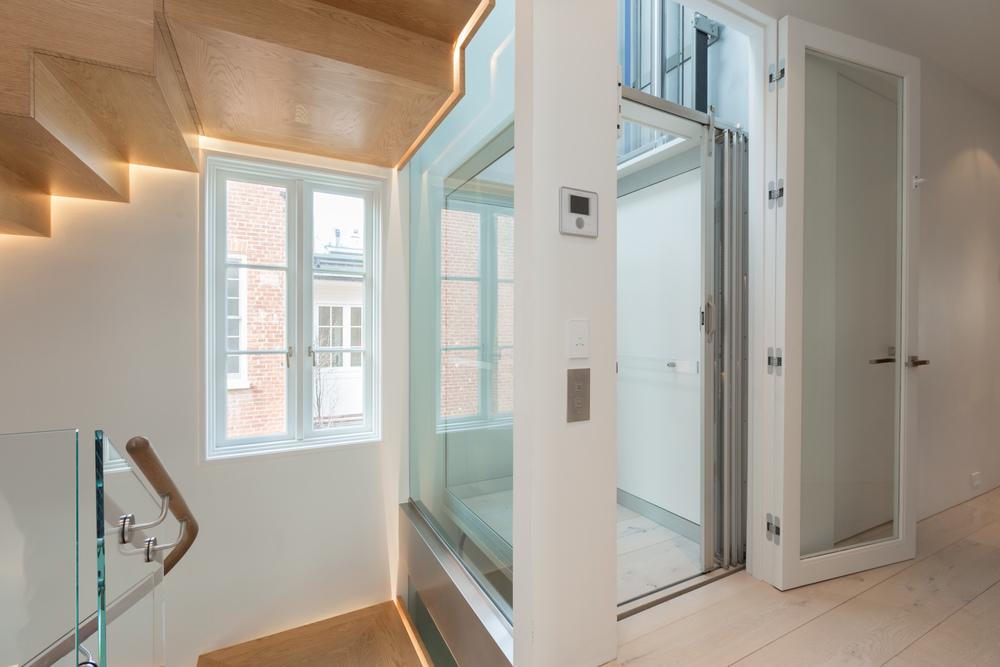 40 Elevator.jpg
