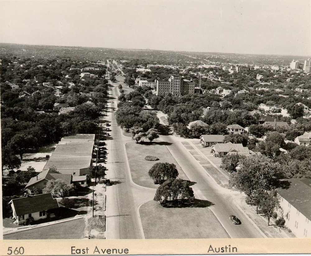 560 East Ave. Austin before Interstate 35