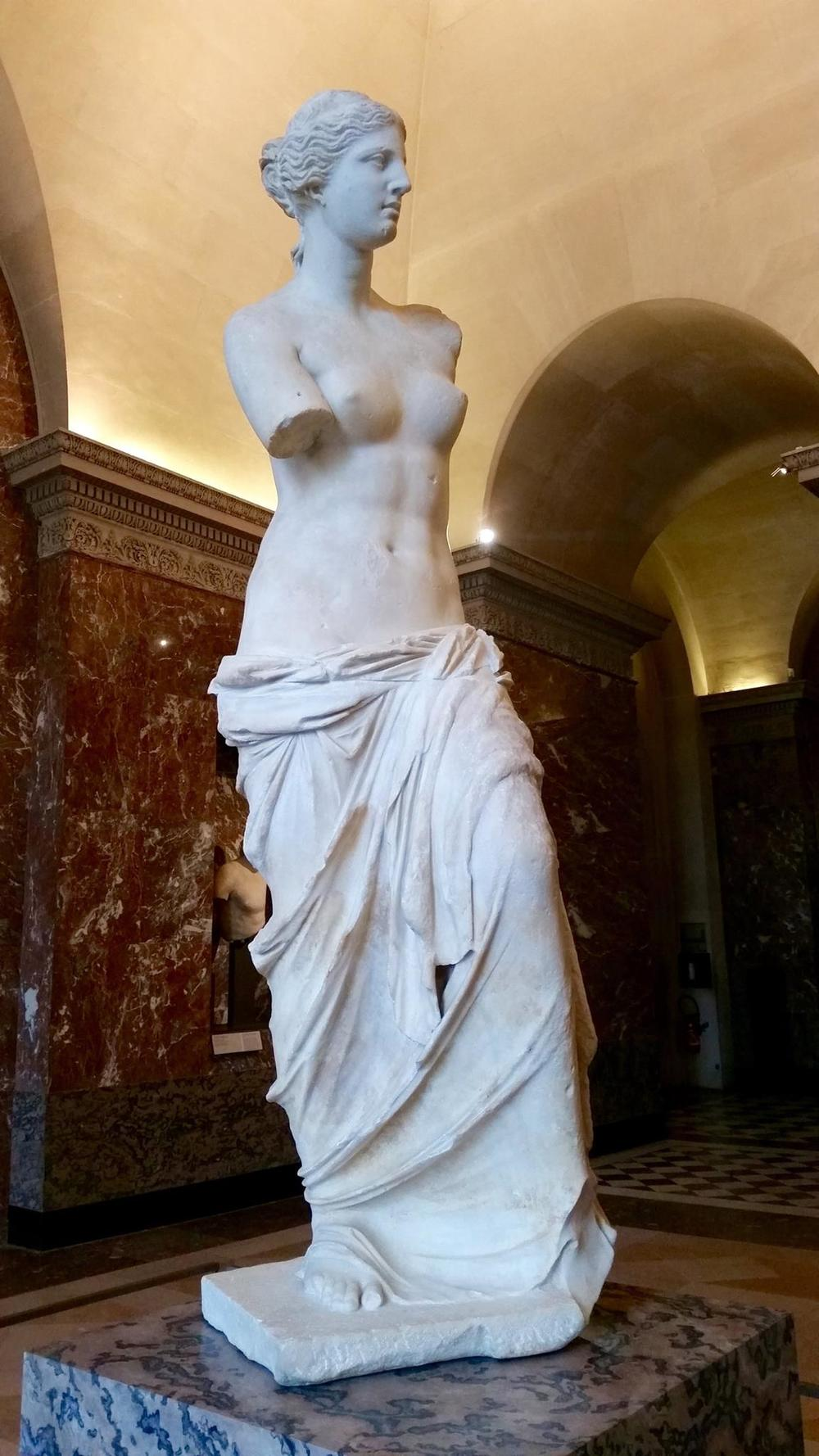 The Venus de Milo. They say she's a size 12-14 today. #realmarblehascurves