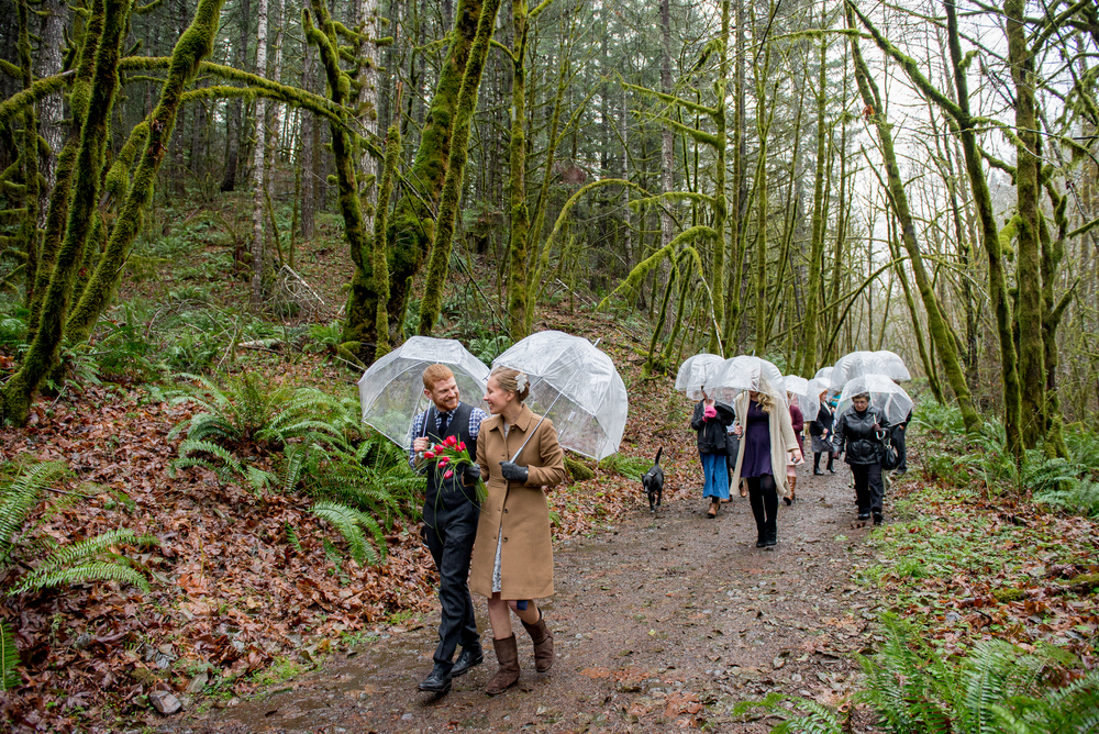 30-beazell-memorial-forest-intimate-outdoor-oregon-wedding.jpg