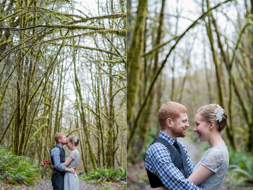 48-beazell-memorial-forest-intimate-outdoor-oregon-wedding.jpg