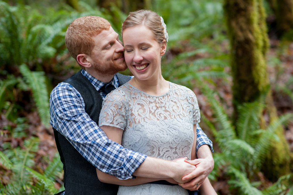 52-beazell-memorial-forest-intimate-outdoor-oregon-wedding.jpg