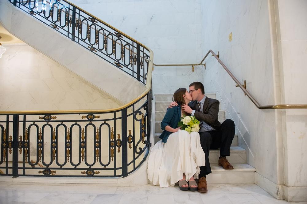san-francisco-city-hall-wedding-LH0009.jpg
