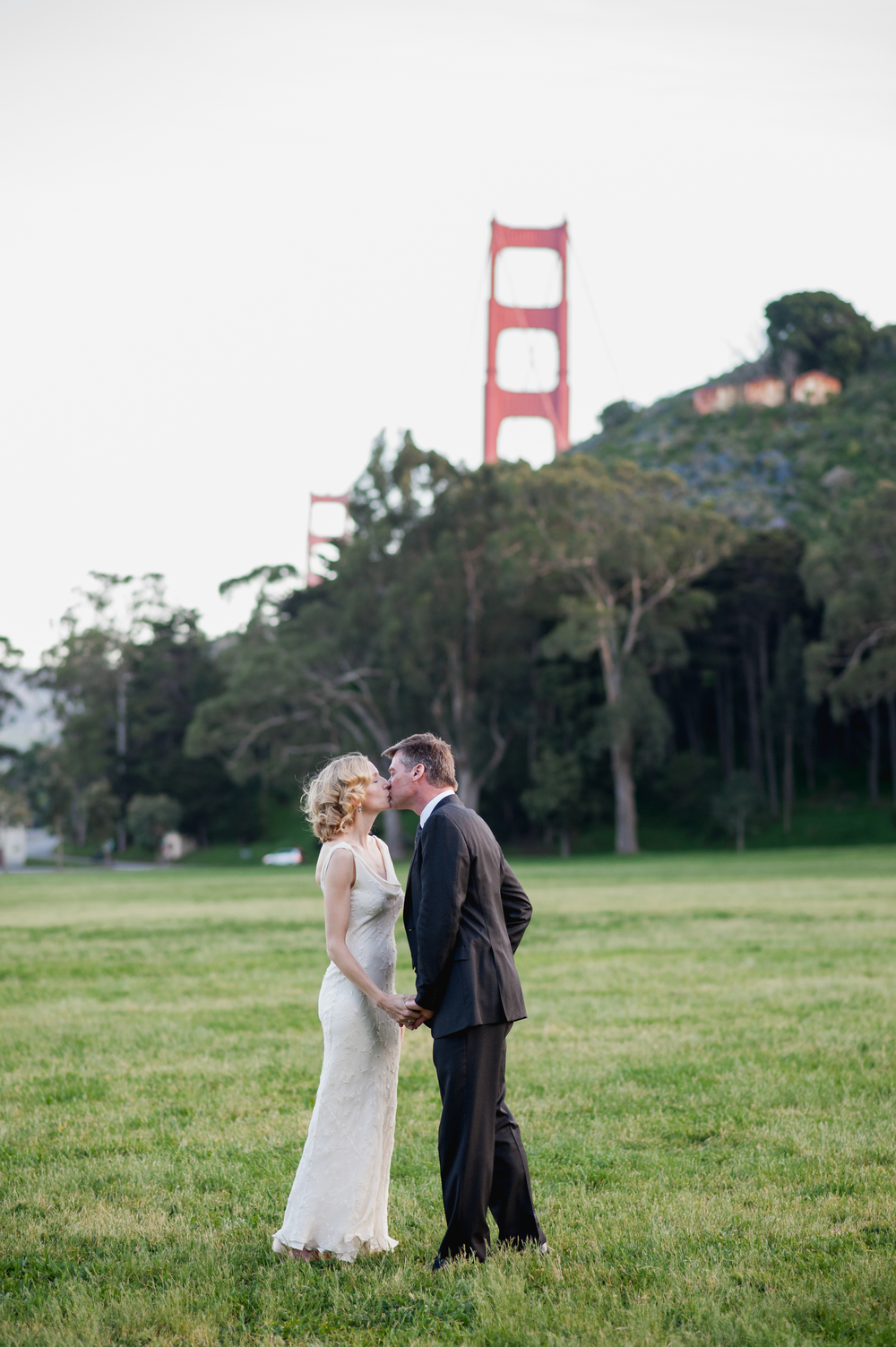 san-francisco-backyard-cavallo-point-wedding-26.jpg
