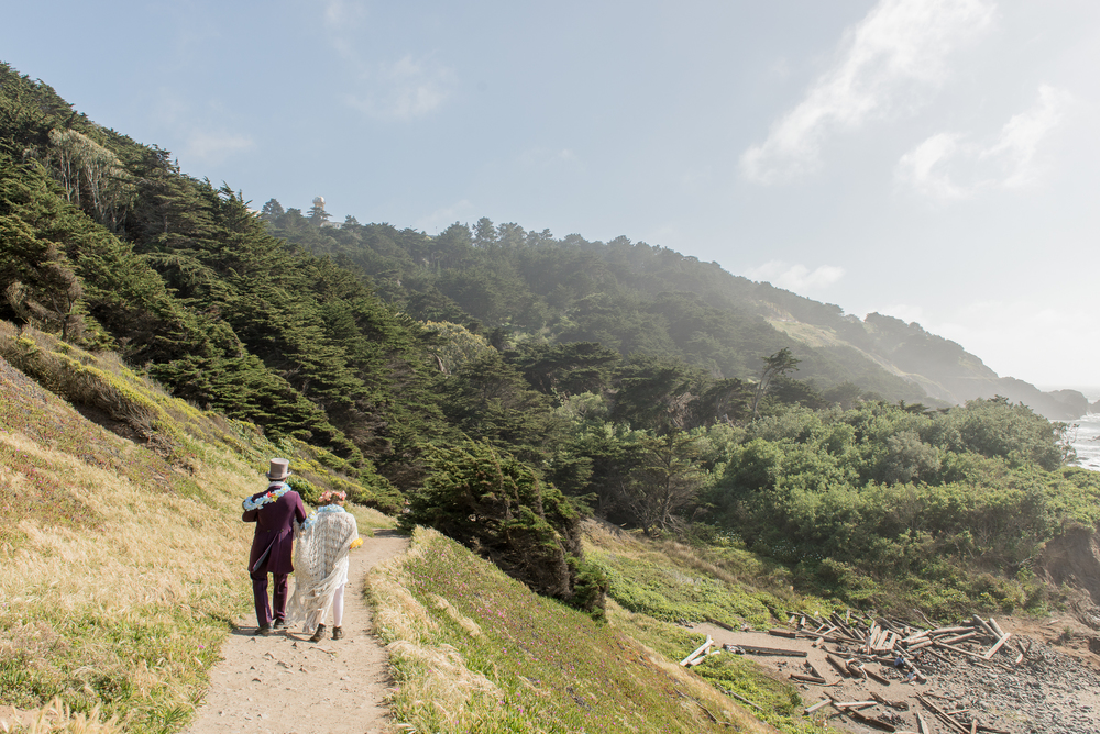 intimate-lands-end-labyrinth-san-francisco-wedding-68.jpg